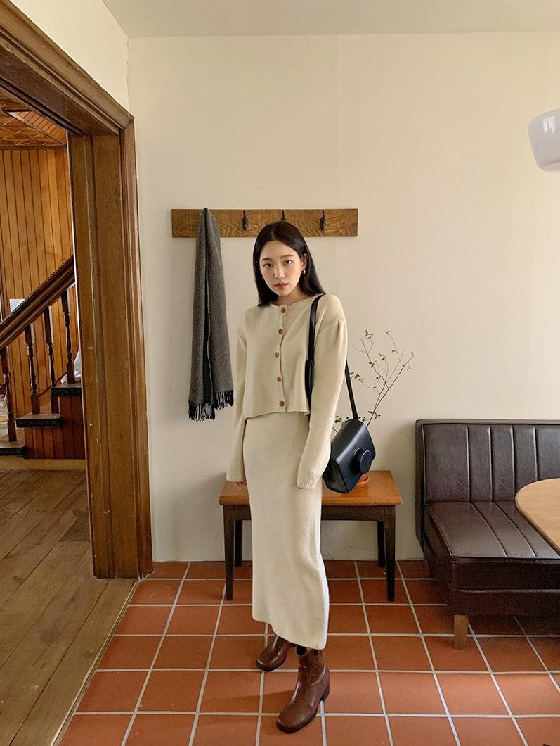 5 kiểu chân váy gái Hàn thường diện với áo len, nàng công sở nên hóng ngay để không bao giờ lo mặc xấu - Chân váy đẹp 1