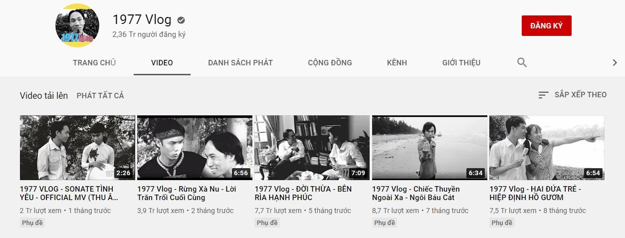 """Anh em sinh đôi 1977 Vlog một lần chia sẻ thật về giá trị cốt lõi nhất khi làm phim xưa nhưng lại """"phiếm"""" chuyện hiện đại và thu nhập của Youtuber ai cũng cả trăm triệu/tháng có phải sự thật? - Ảnh 1."""
