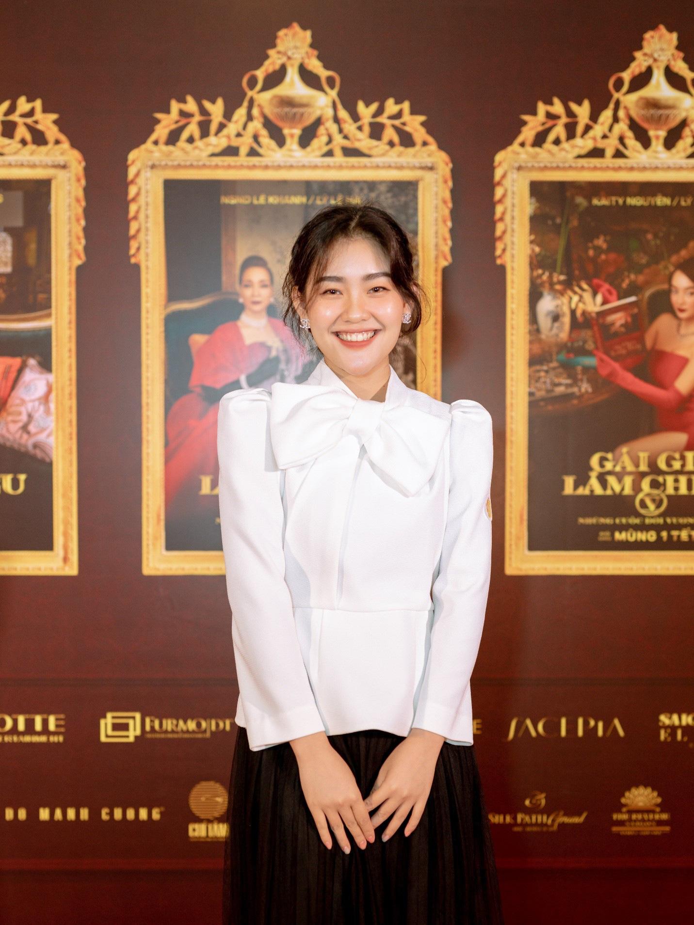 Gái đẹp Nha Trang nổi lên vì giống minh tinh Hồng Kông nay đã trở thành Đại sứ thương hiệu FACEPIA - Ảnh 4.