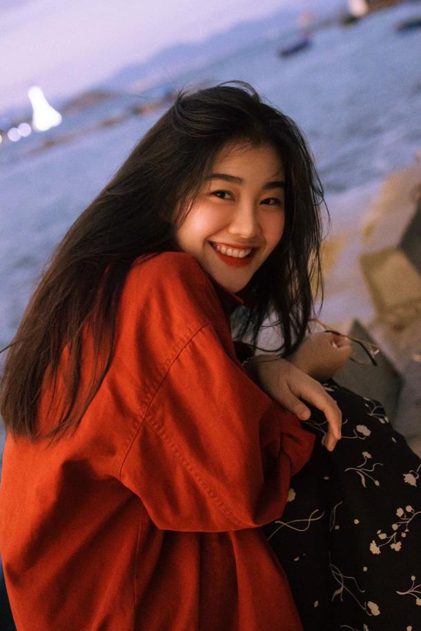 Gái đẹp Nha Trang nổi lên vì giống minh tinh Hồng Kông nay đã trở thành Đại sứ thương hiệu FACEPIA - Ảnh 1.