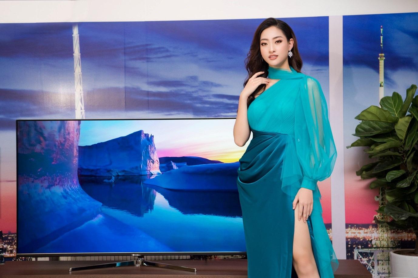 Hoa hậu Lương Thùy Linh: Chúng ta không thể chọn vạch xuất phát nhưng đều có thể chạy đến cùng vạch đích - Ảnh 2.