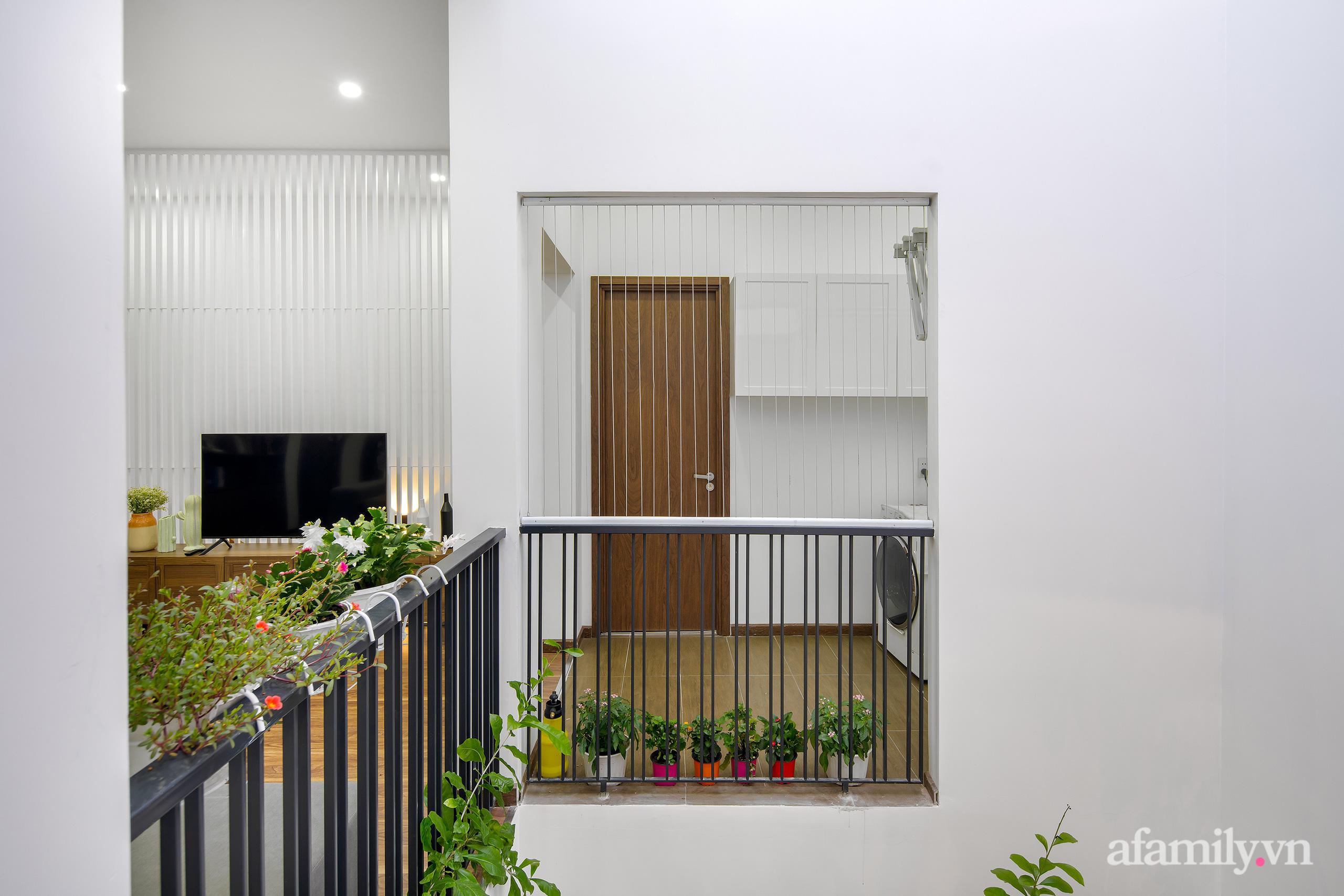 Nhà trong hẻm nhỏ vẫn ngập tràn ánh sáng, duyên dáng với nội thất tối giản ở Đà Nẵng - Ảnh 22.