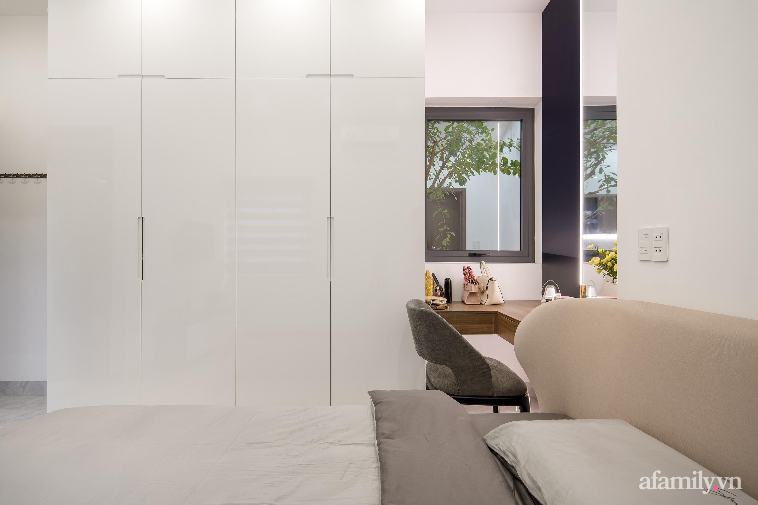 Nhà trong hẻm nhỏ vẫn ngập tràn ánh sáng, duyên dáng với nội thất tối giản ở Đà Nẵng - Ảnh 15.