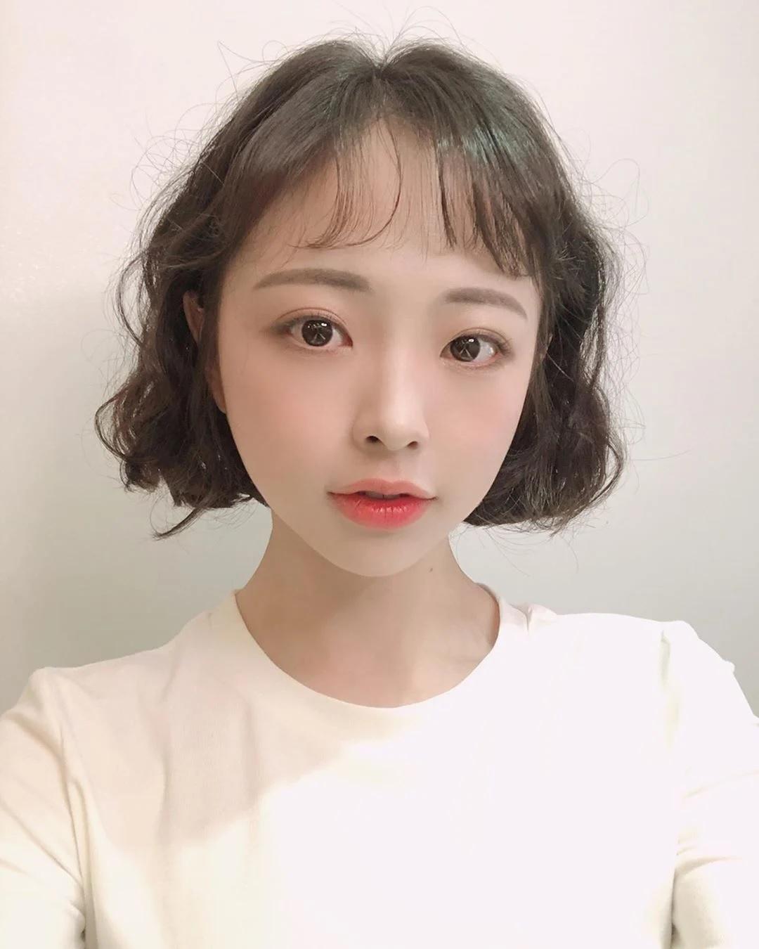 """Nàng tóc ngắn muốn đổi tóc thì cần ngó ngay 6 kiểu tóc siêu xinh và """"nịnh mặt"""" - Ảnh 6."""