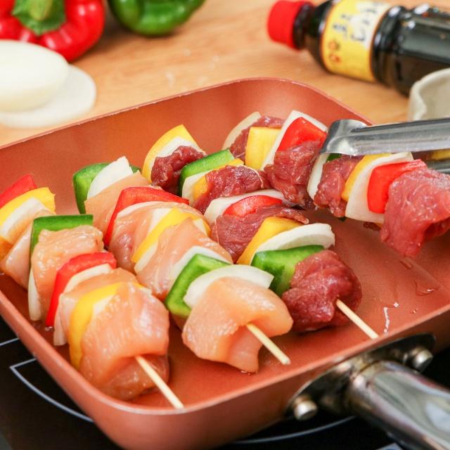 Mách chị em cách làm món thịt xiên nướng thơm ngon, hấp dẫn: Cả trẻ con lẫn người lớn đều mê, hội đang ăn kiêng cũng có thể chén thoải mái! - Ảnh 8.