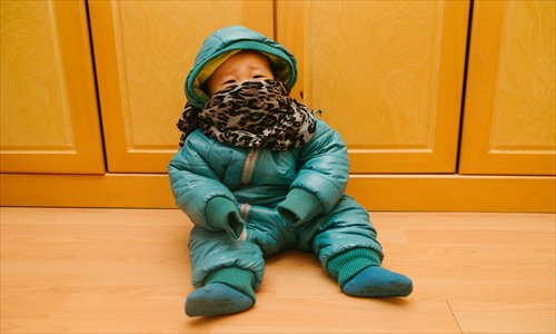 Vào mùa đông, trẻ hay bị cảm lạnh nhưng không phải do nhiễm lạnh, có 4 nguyên nhân sau mà cha mẹ ít chú ý - Ảnh 1.