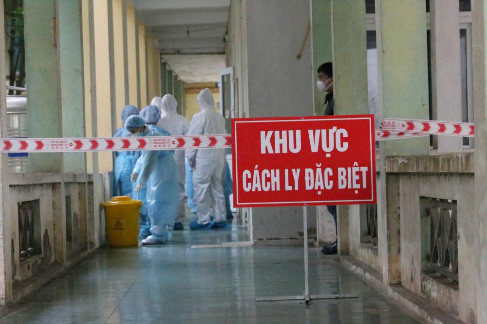 Việt Nam thêm 4 ca mắc COVID-19, có 38 quốc gia xuất hiện biến thể mới của virus SARS-CoV-2 - Ảnh 1.