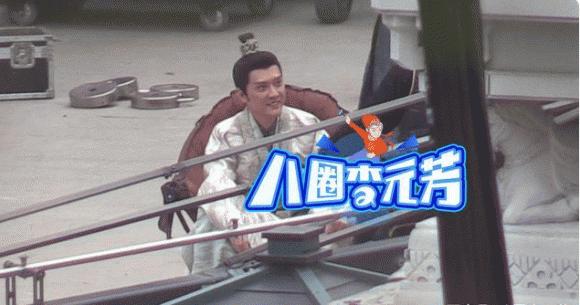 Chồng Triệu Lệ Dĩnh quay phim mới, bị chê xấu già hơn nam phụ, còn bất lịch sự với Bành Tiểu Nhiễm - Ảnh 7.