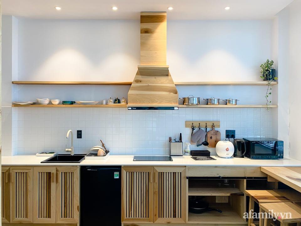 """Căn nhà """"thôi miên"""" bằng nội thất gỗ tự nhiên cùng phong cách tối giản của chàng trai Đà Lạt - Ảnh 9."""
