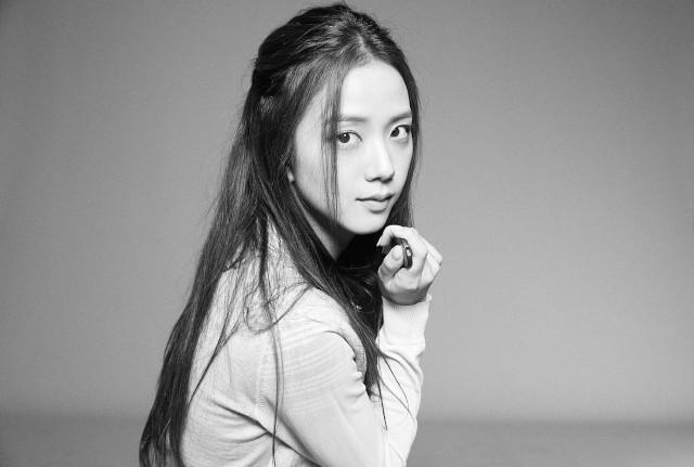 Xứng danh nhan sắc hoa hậu, Jisoo để kiểu tóc nào cũng xinh lịm tim, kiểu đơn giản nhất cũng khiến fan mê mệt - Ảnh 3.