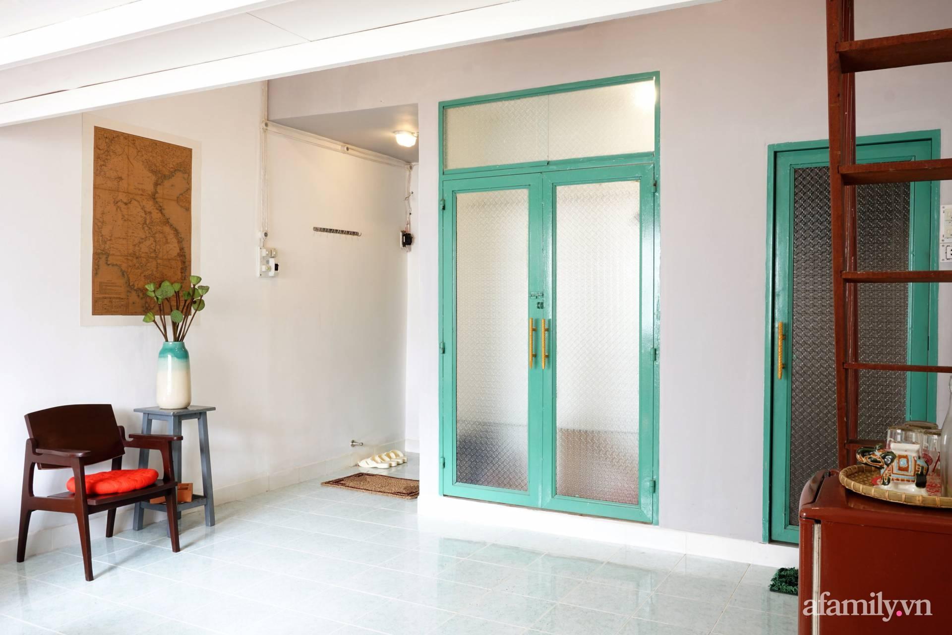 Cải tạo nhà tập thể đẹp hoài cổ lấy cảm hứng từ phong cách Đông Dương có chi phí 120 triệu đồng ở Sài Gòn - Ảnh 14.
