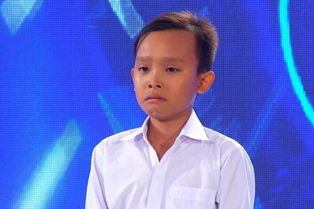 Sau khi thành viên BTC úp mở ẩn tình vụ Hồ Văn Cường, clip thi Vietnam Idol Kids bị thẳng tay làm điều này  - Ảnh 3.
