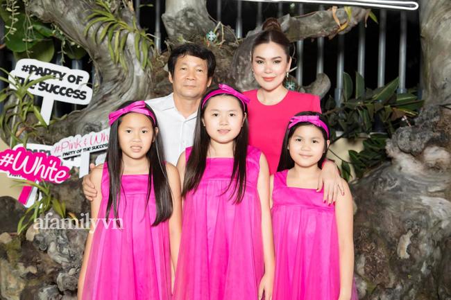 Hoa hậu lên tiếng bảo vệ Hồ Văn Cường: Nhà giàu nứt đố đổ vách nhưng từng kể chuyện dạy con khiến ai nghe cũng kinh ngạc - Ảnh 1.