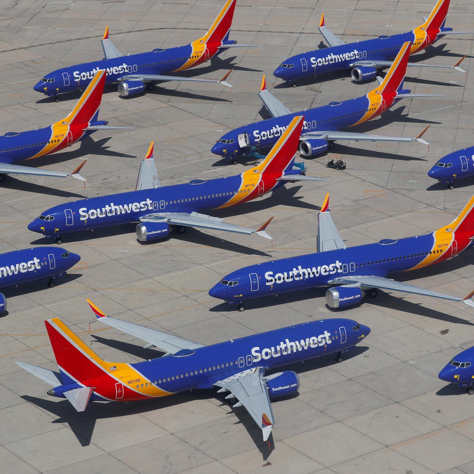 Tại sao ngành hàng không Mỹ vẫn khủng hoảng dù người dân đã được du lịch trở lại? - Ảnh 2.