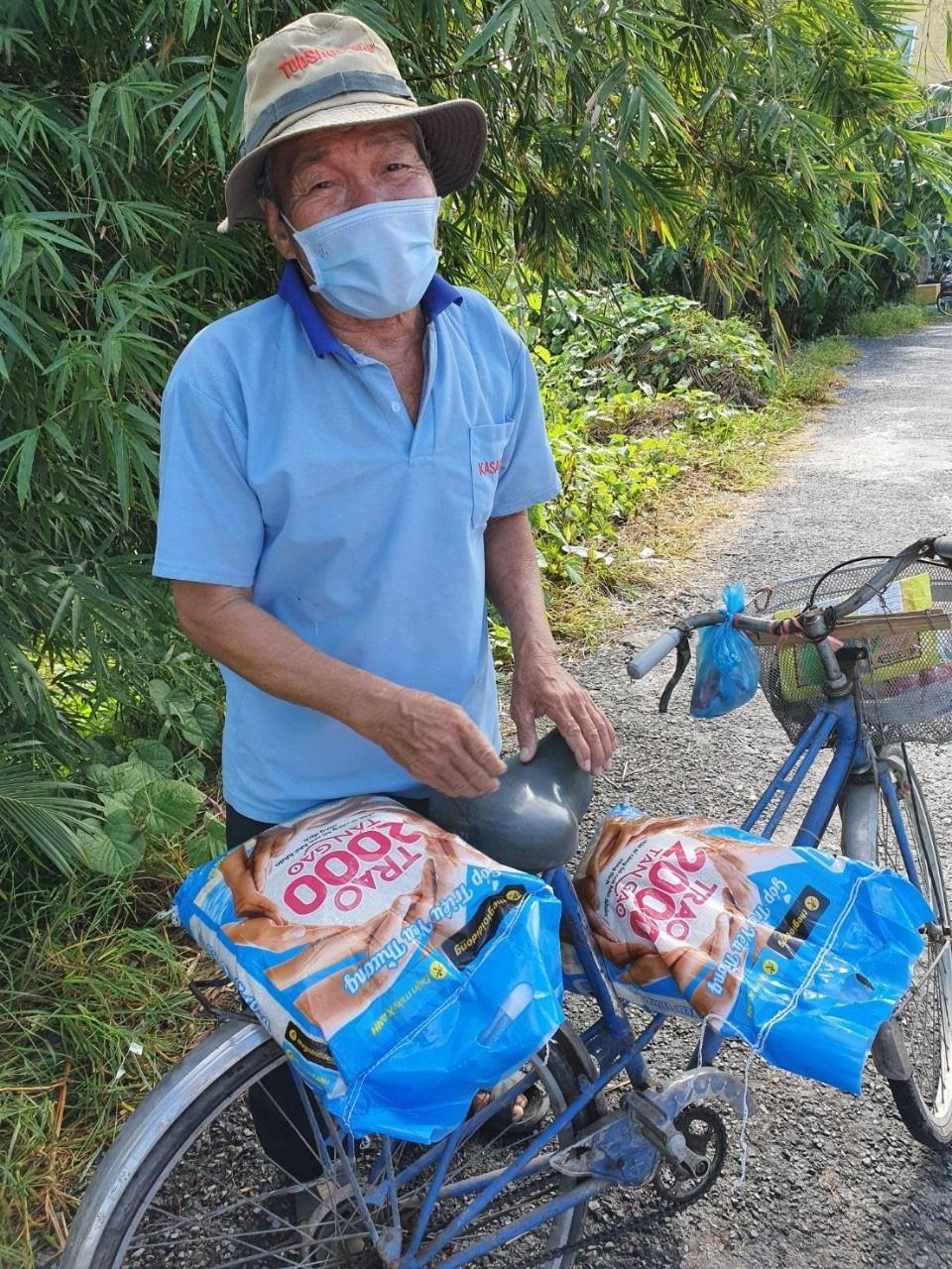 Chùm ảnh 2.000 tấn gạo lan toả yêu thương đi khắp miền Nam - Ảnh 3.