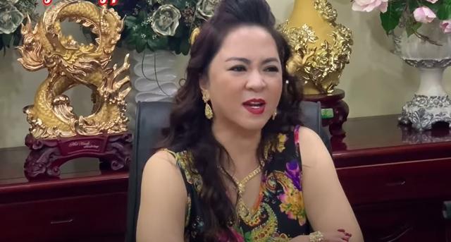 Bà Phương Hằng gửi lời cảnh báo tới con gái ruột Phi Nhung và tương lai của 23 người con nuôi - Ảnh 1.