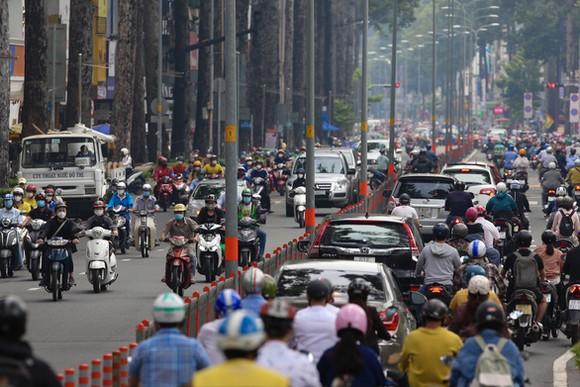 DIỄN BIẾN DỊCH NGÀY 14/10: Nguy cơ lây lan dịch ở Hà Nội vẫn cao vì còn F0 trong cộng đồng - Ảnh 1.