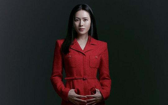 """Son Ye Jin bất ngờ bị người trong cuộc """"bóc phốt"""" về con người thật, nói gì mà khiến dân tình bàn tán rần rần?"""