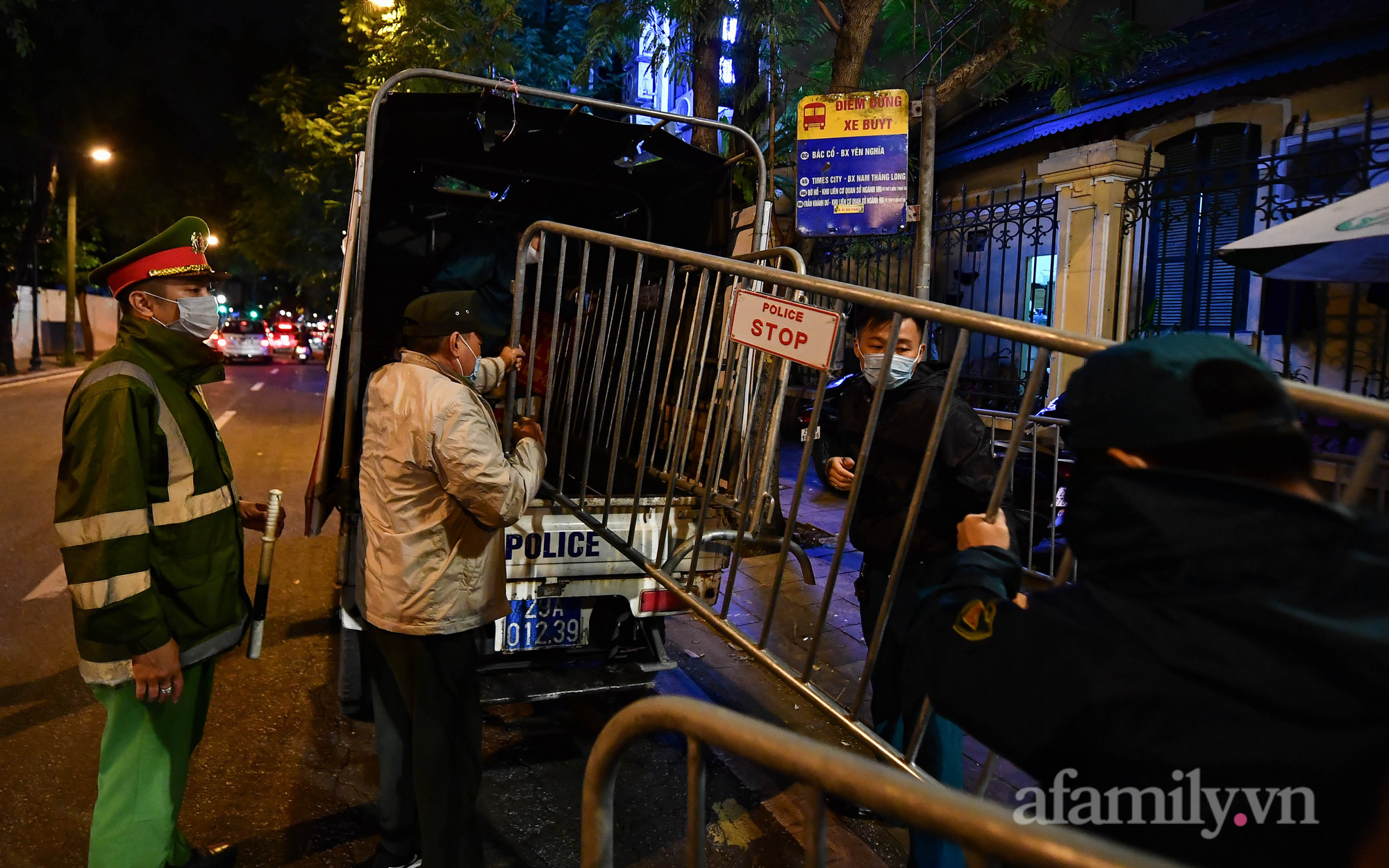 Bệnh viện Việt Đức chính thức được gỡ phong tỏa sau 18 ngày