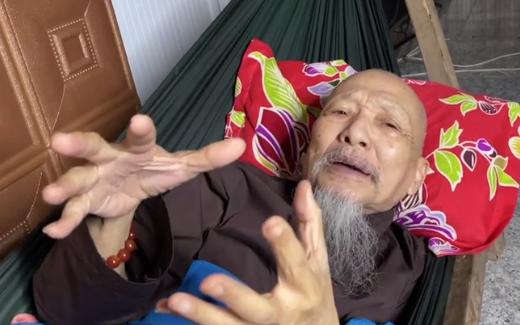 """Lê Tùng Vân """"Tịnh thất Bồng Lai"""" nói gì về cáo buộc bắt cóc, dụ dỗ Diễm My khiến cha mẹ nữ sinh phải cầu cứu trên sóng livestream?"""