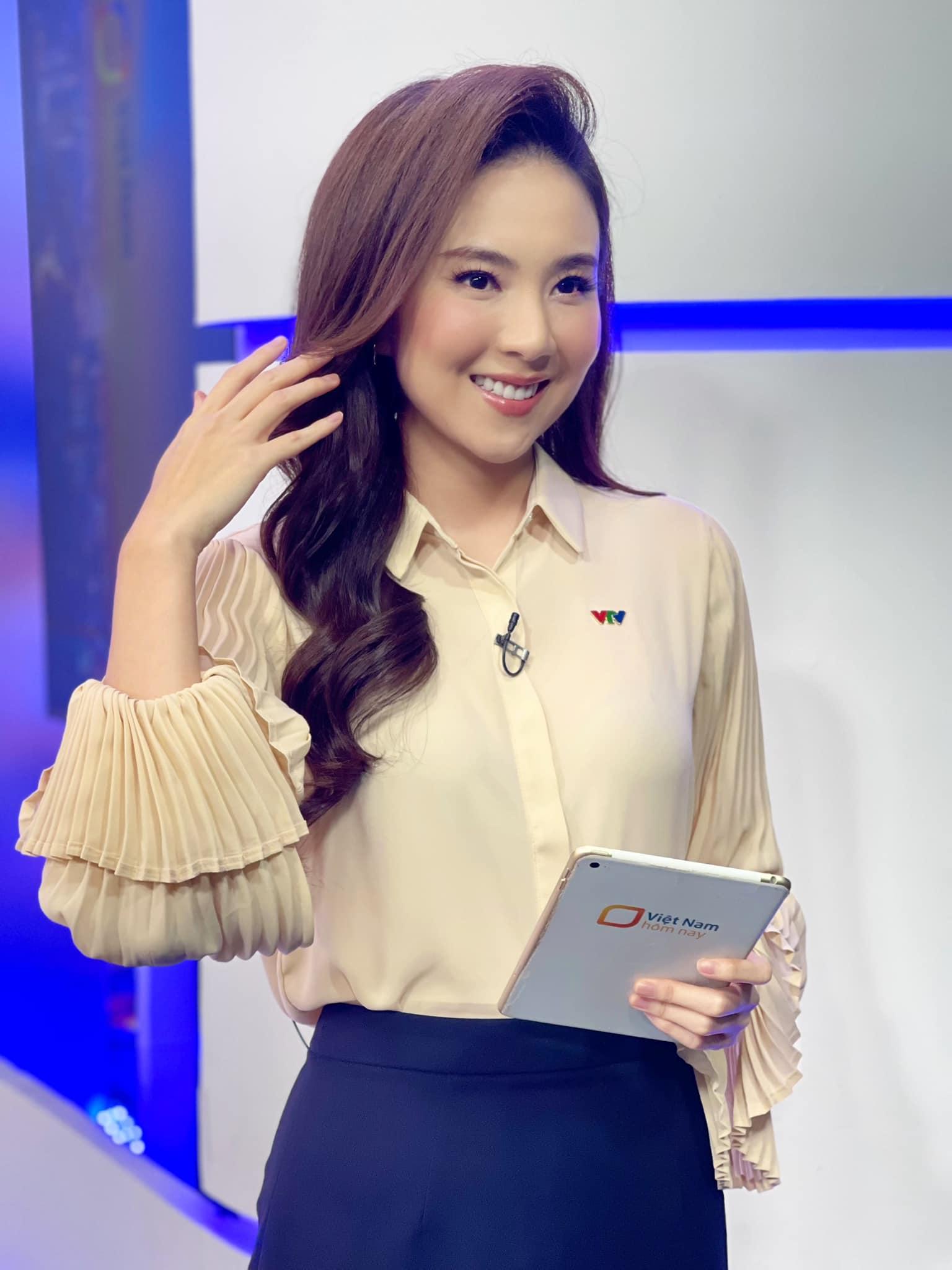 MC Mai Ngọc: Ưu điểm nhan sắc và khuyết điểm makeup nên cẩn trọng khi học theo - Ảnh 9.