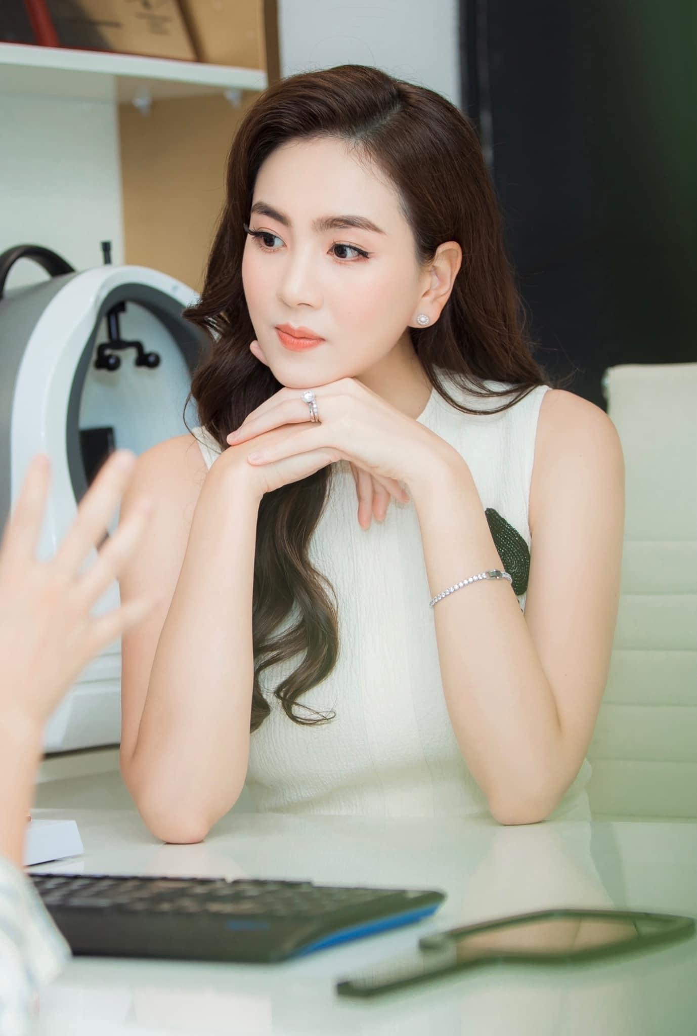 MC Mai Ngọc: Ưu điểm nhan sắc và khuyết điểm makeup nên cẩn trọng khi học theo - Ảnh 6.
