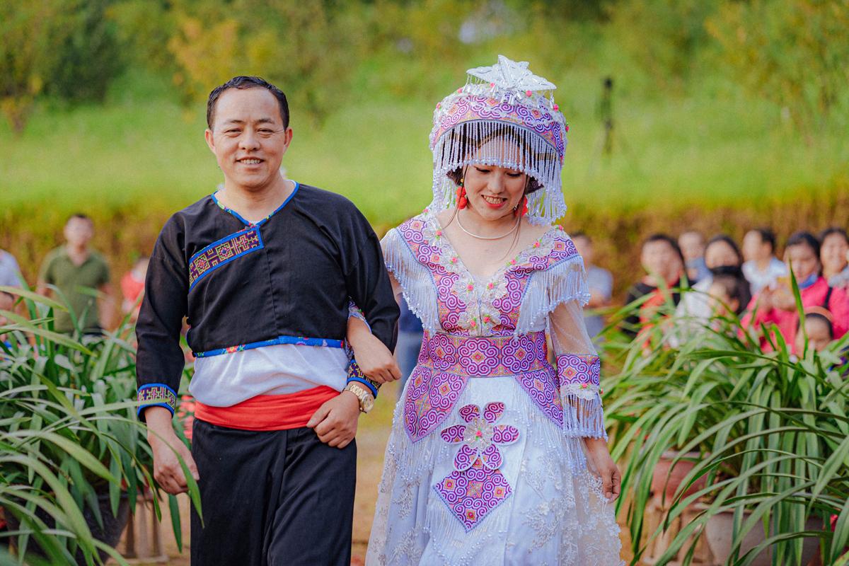 Mắc kẹt trên Tây Bắc vì dịch, chàng trai Sài Gòn cưới ngay vợ người HMông xinh đẹp - Ảnh 5.