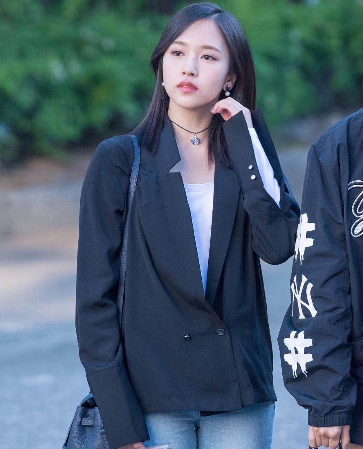 """Quả đúng là tiểu thư gia thế khủng, Mina (TWICE) mặc toàn đồ đơn giản cũng tỏa khí chất """"lá ngọc cành vàng"""" nhìn mà mê  - Ảnh 10."""