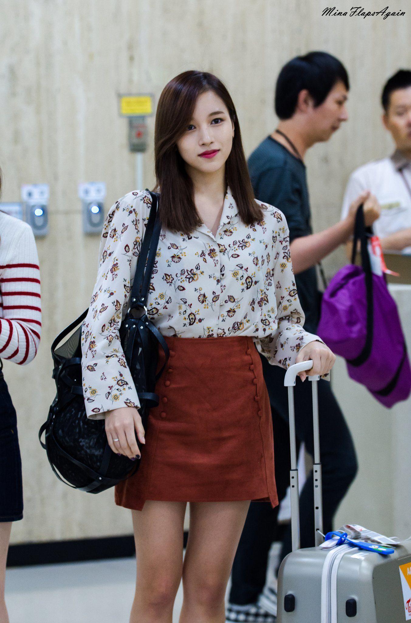 """Quả đúng là tiểu thư gia thế khủng, Mina (TWICE) mặc toàn đồ đơn giản cũng tỏa khí chất """"lá ngọc cành vàng"""" nhìn mà mê  - Ảnh 7."""