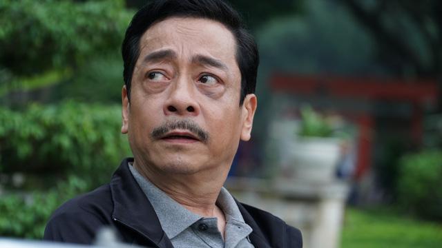 """NSND Hoàng Dũng trước khi qua đời: Từ """"ông trùm"""" trong Người phán xử đến """"bố chồng quốc dân"""" của màn ảnh Việt - Ảnh 6."""