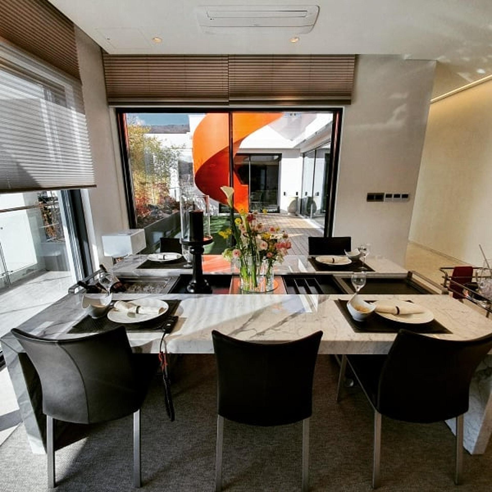 Penthouse mới giá gần 100 tỷ của Hyun Bin gây choáng ngợp vì độ sang chảnh - Ảnh 5.