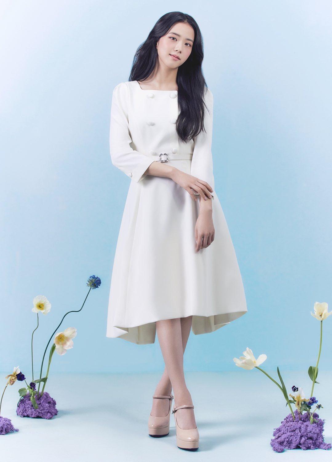"""""""Nữ thần mùa Xuân"""" gọi tên Jisoo: Hay bị chê nhạt nhất nhóm nhưng giờ làm mẫu thời trang sang như tiểu thư tài phiệt - Ảnh 7."""