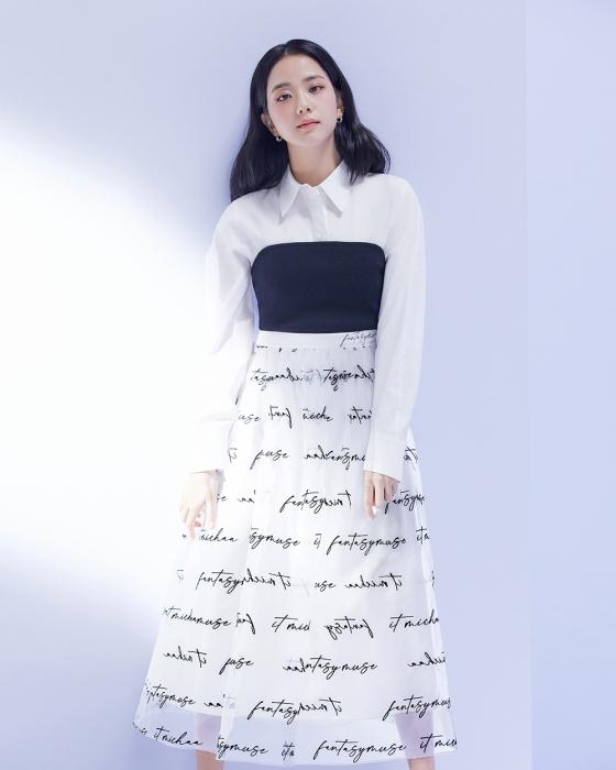 """""""Nữ thần mùa Xuân"""" gọi tên Jisoo: Hay bị chê nhạt nhất nhóm nhưng giờ làm mẫu thời trang sang như tiểu thư tài phiệt - Ảnh 6."""