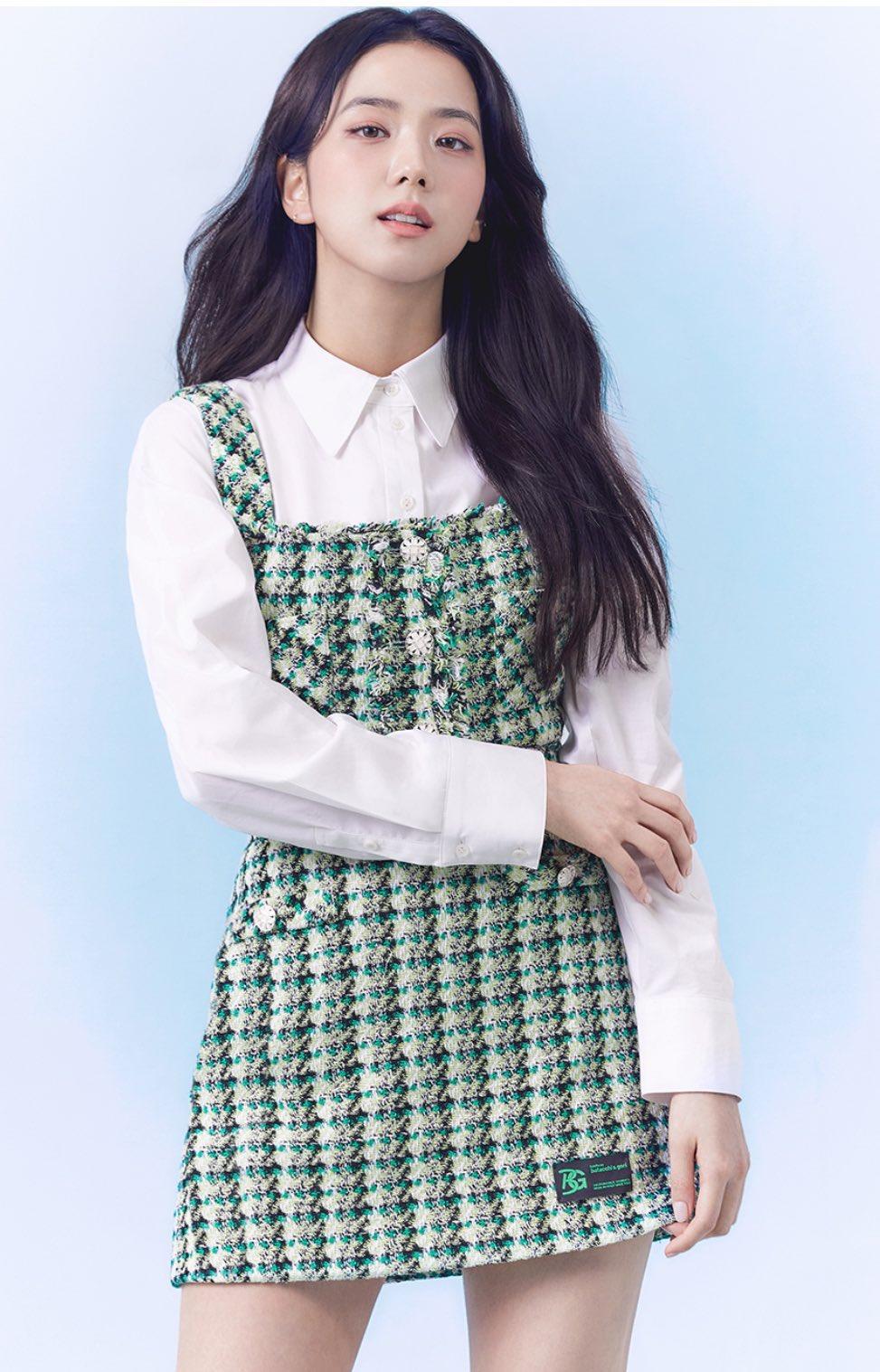 """""""Nữ thần mùa Xuân"""" gọi tên Jisoo: Hay bị chê nhạt nhất nhóm nhưng giờ làm mẫu thời trang sang như tiểu thư tài phiệt - Ảnh 3."""