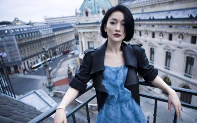 """Những mỹ nữ """"sự nghiệp thăng hoa, tình duyên bết bát"""" của Cbiz: Dương Tử chốt sổ, người ở vị trí số 1 xinh đẹp tới mức cả Châu Á đều ca tụng  - Ảnh 2."""