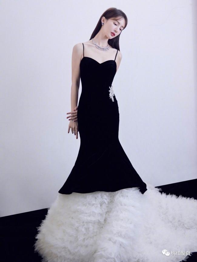 """Những mỹ nữ """"sự nghiệp thăng hoa, tình duyên bết bát"""" của Cbiz: Dương Tử chốt sổ, người ở vị trí số 1 xinh đẹp tới mức cả Châu Á đều ca tụng  - Ảnh 7."""