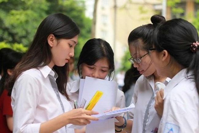 Phụ huynh Hà Nội lo lắng về quy định thay đổi khu vực tuyển sinh lớp 10:  Thêm phương án mới cho học sinh lựa chọn - Ảnh 2.