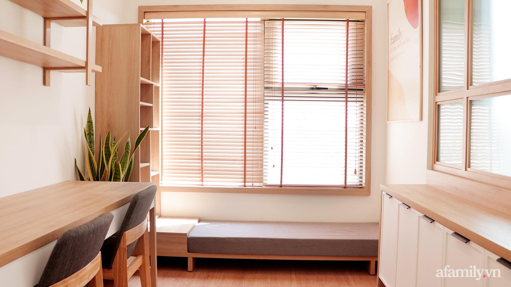 Căn hộ 72m² cực ít đồ đạc vẫn đẹp tinh tế và tiện dụng nhờ thiết kế nội thất thông minh ở Sài Gòn - Ảnh 11.