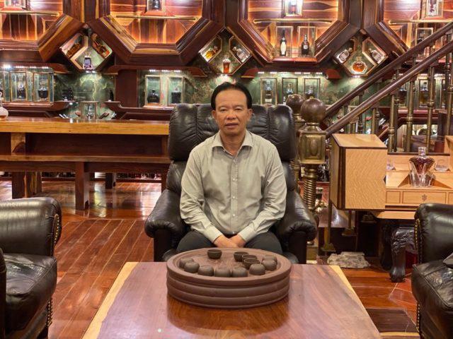 Những vị đại gia Việt dám chi hơn 30 tỷ đồng để sở hữu chai rượu đắt nhất nhì thế giới, nhiều người ví cứ uống một ngụm là một chiếc Mercedes ra đi!? - Ảnh 2.