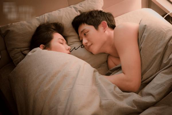 """5 việc đàn ông vô cùng """"dị ứng"""" khi ở trên giường nhưng vì vợ, anh ấy lại sẵn sàng thực hiện thì chứng tỏ bạn đã """"vớ"""" được """"cực phẩm"""" rồi đó - Ảnh 3."""