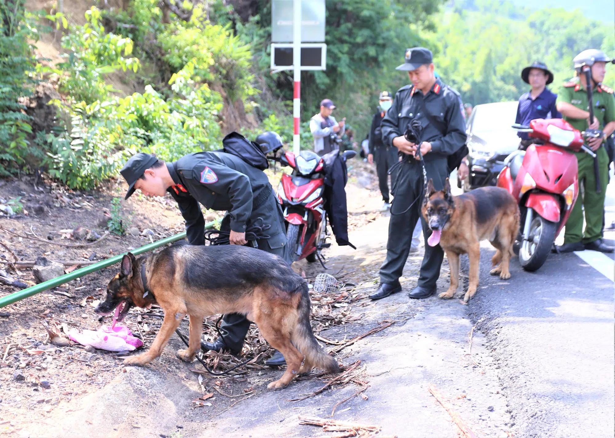 Huy động Cảnh sát cơ động, chó nghiệp vụ vào rừng bắt nghi phạm chém 4 người ở Lạng Sơn - Ảnh 1.