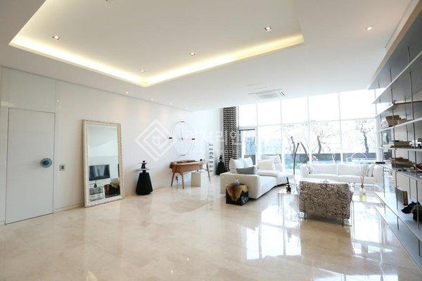 Không hề kém cạnh G-Dragon, căn nhà thượng lưu của Jennie trị giá 136 tỷ, nhưng phong cách lại hoàn toàn khác biệt - Ảnh 4.