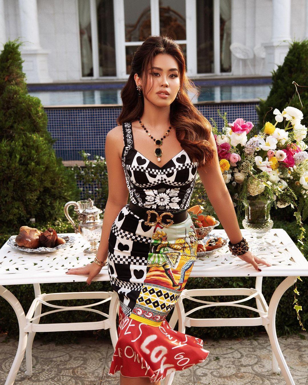 Em chồng Hà Tăng diện cả loạt váy áo ít người dám mặc, chứng minh thần thái đỉnh cao hiếm ai bì kịp - Ảnh 2.