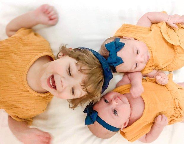 Dù uống thuốc tránh thai đều đặn, bà mẹ vẫn bàng hoàng khi hay tin mình mang thai ở tuổi 17, đã thế còn bị sốc nặng khi biết số lượng - Ảnh 5.