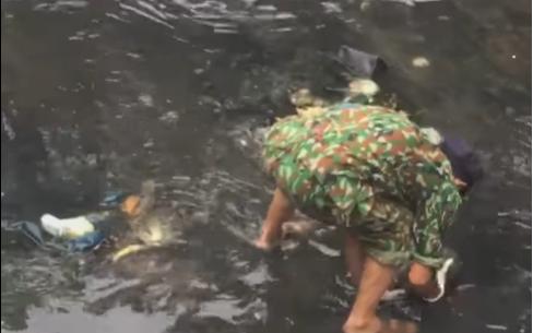 Đau xót phát hiện thi thể bé sơ sinh còn nguyên dây rốn dưới kênh ở Hạ Long