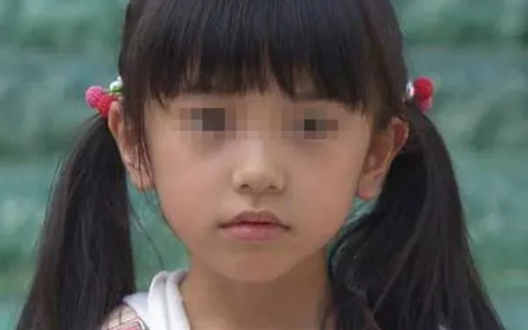 """""""Con thấy rất tổn thương và đau khổ. Xin hãy tha thứ cho con"""": Cô bé 10 tuổi viết thư xong liền nhảy sông, kết cục đau lòng gióng lên một hồi chuông cảnh báo cho tất cả bậc phụ huynh"""