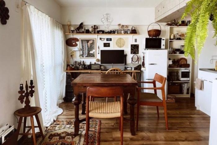 Cách bố trí bàn ăn giúp những căn bếp nhỏ trở nên rộng rãi bất ngờ - Ảnh 2.