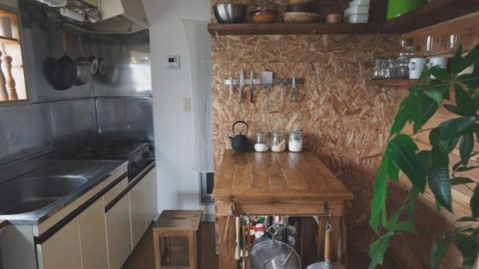 Cách bố trí bàn ăn giúp những căn bếp nhỏ trở nên rộng rãi bất ngờ - Ảnh 4.