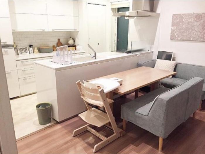 Cách bố trí bàn ăn giúp những căn bếp nhỏ trở nên rộng rãi bất ngờ - Ảnh 6.