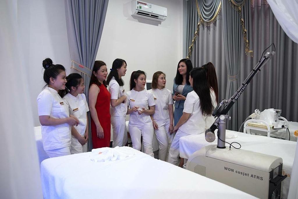 Chân dung nữ doanh nhân Trương Mỹ Duyên và con đường khởi nghiệp từ hai bàn tay trắng - Ảnh 2.